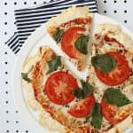 Dünner Krusten-Pizzateig (hefefrei!)
