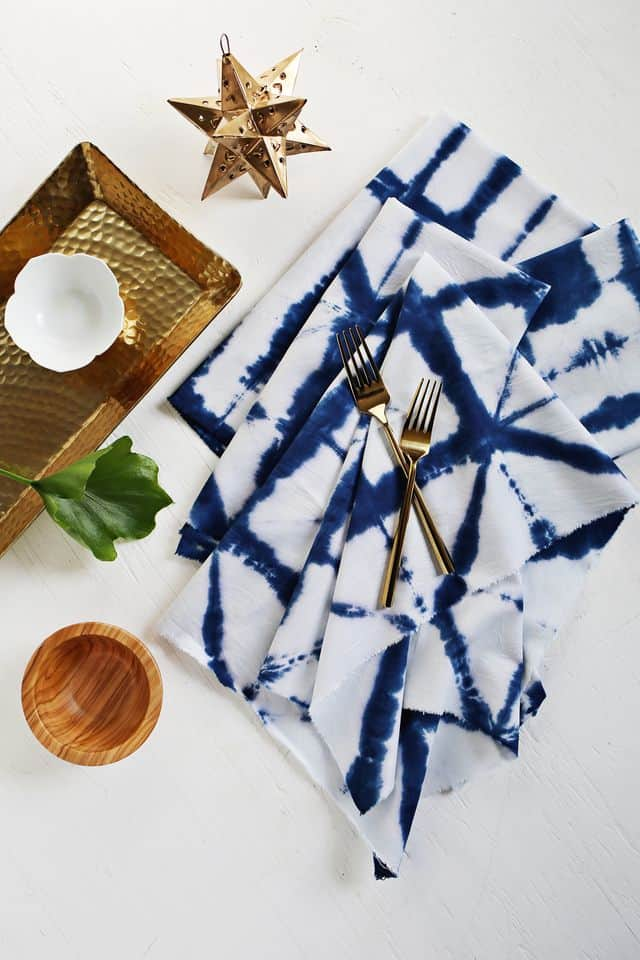 Shibori Tie Dye Cloth Napkin Tutorial A Beautiful Mess