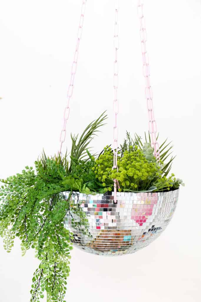Disco-Ball-Hanging-Planter-click-through-for-tutorial_