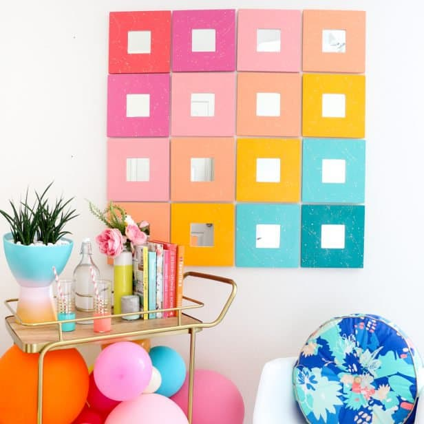 DIY-Splatter-Painted-Mirror-Wall-Art-Click-Through-for-Tutorial-_-2