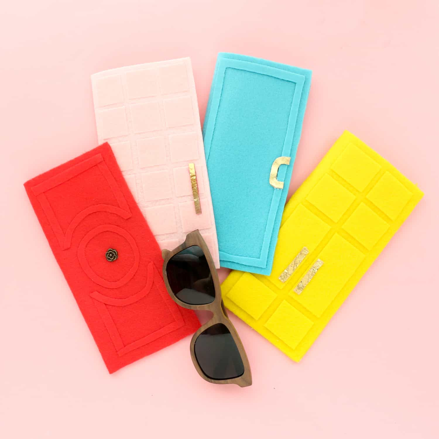 Palm-Springs-Inspired-Glasses-Cases-Click-Through-for-Tutorial