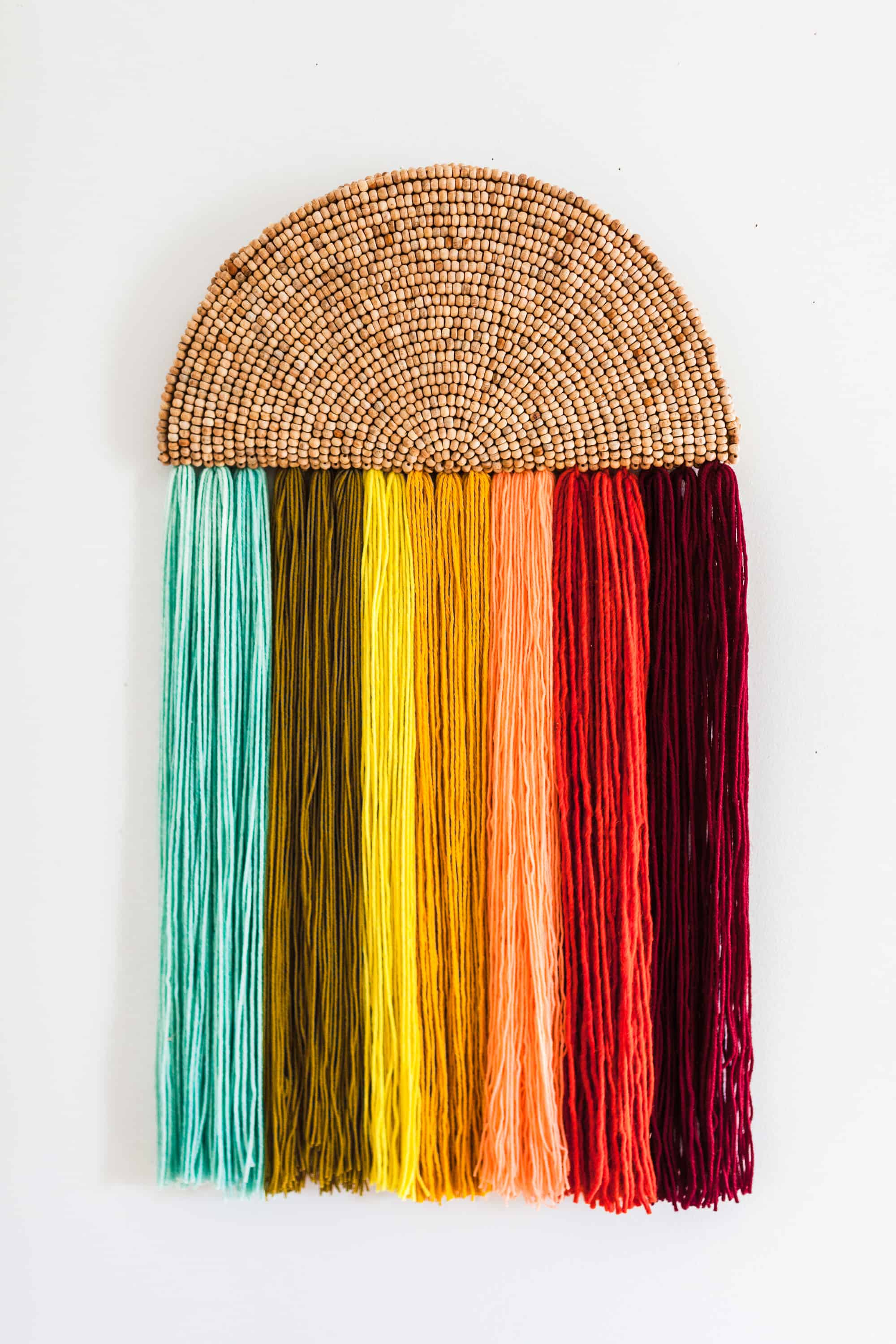 how to make yarn wall hanging
