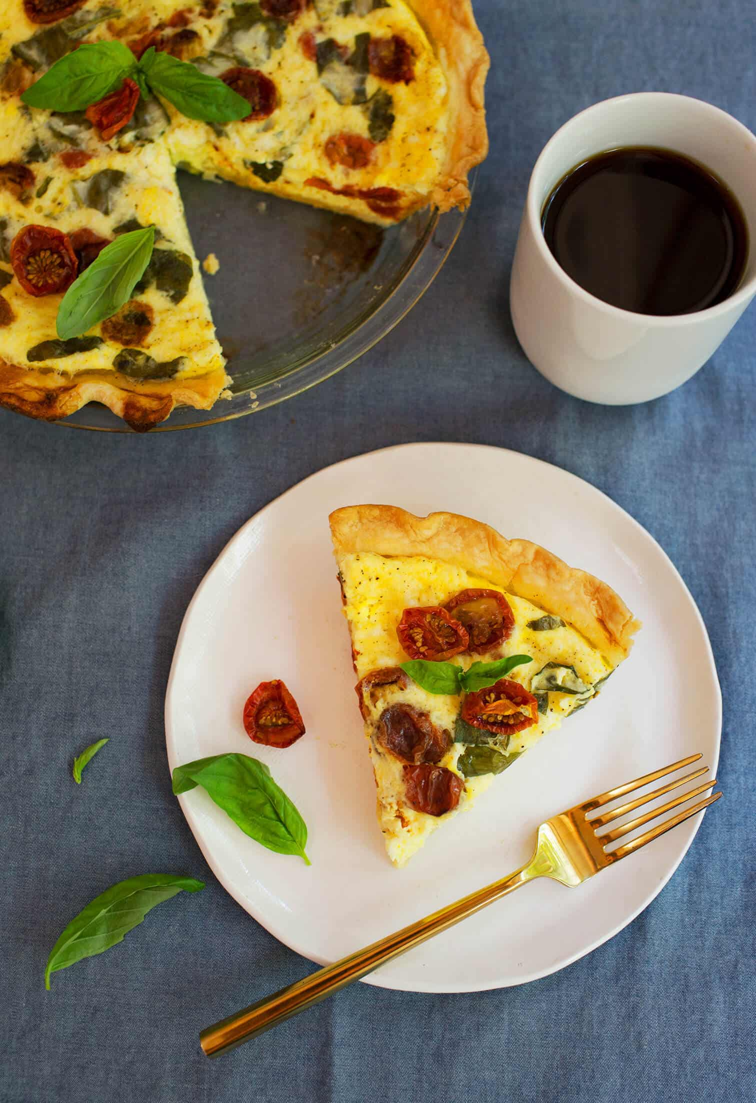 Oven roasted tomato basil and mozzarella quiche a beautiful mess lately it has been baby shower season in my life no not for me it just seems that i have a lot of pregnant friends this year forumfinder Gallery