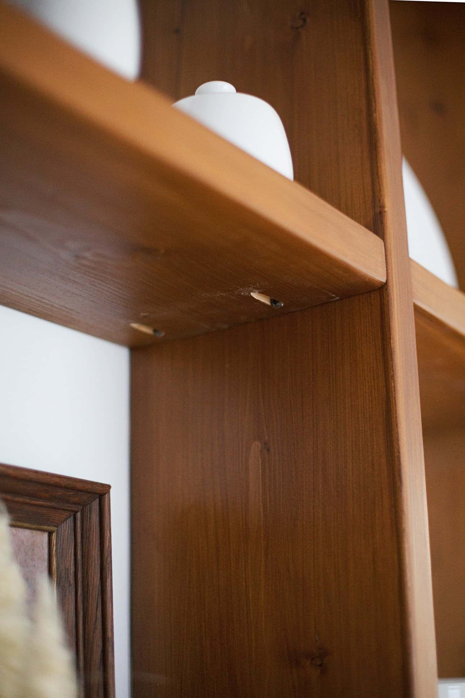 how to build a wood shelving wall
