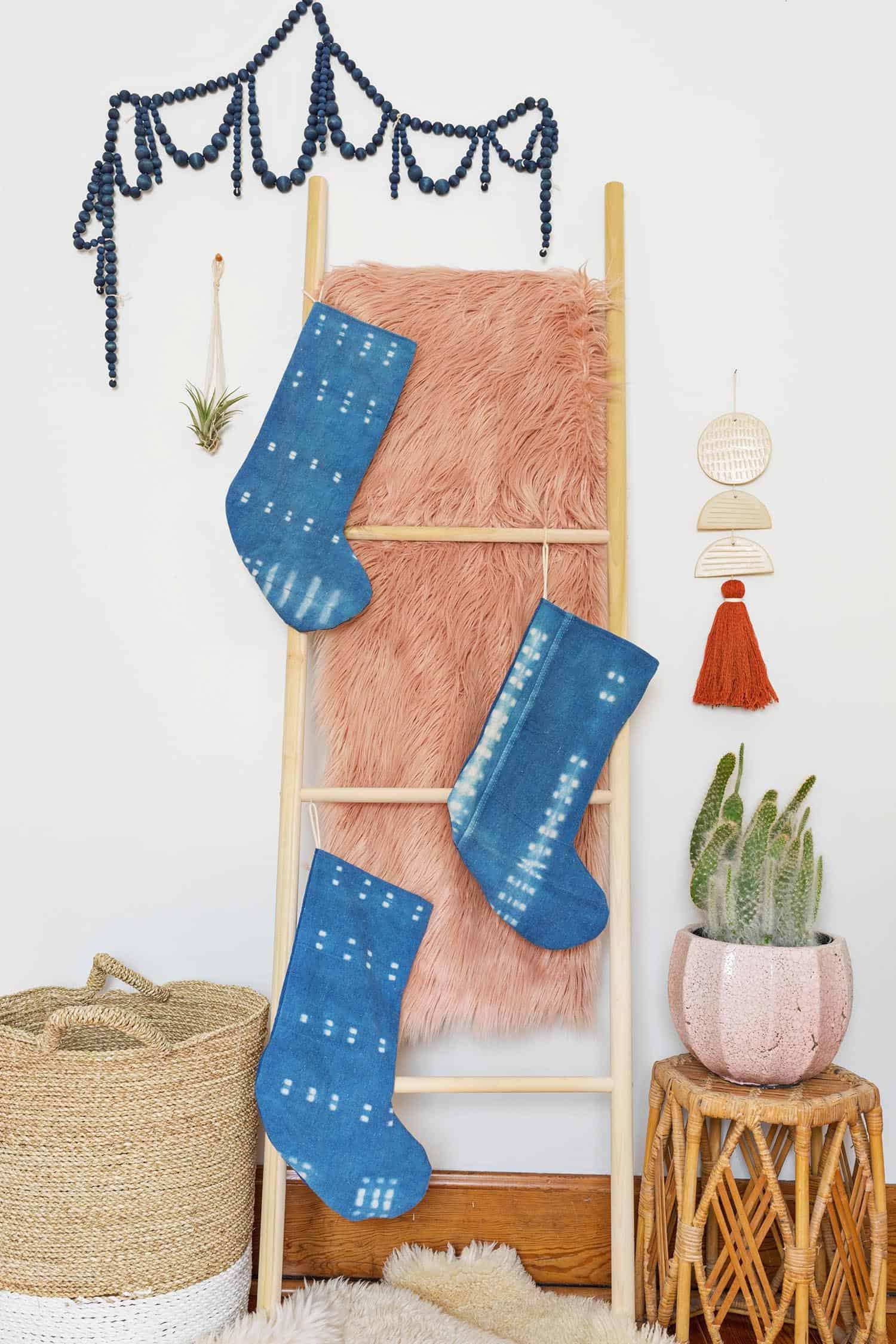 Indigo Weihnachtsstrumpf DIY