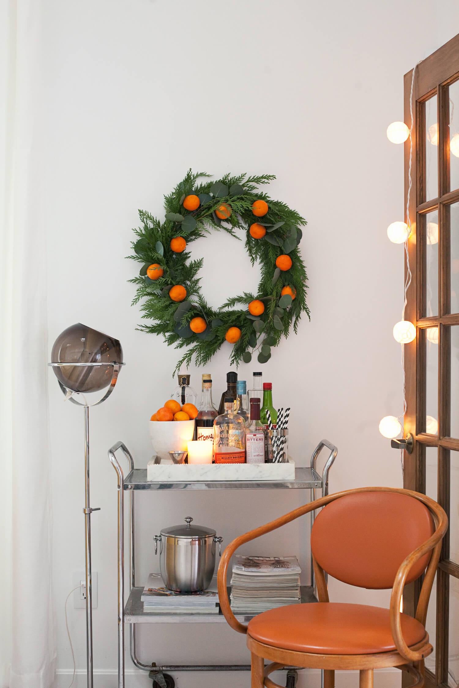 make your own fresh mandarin wreath