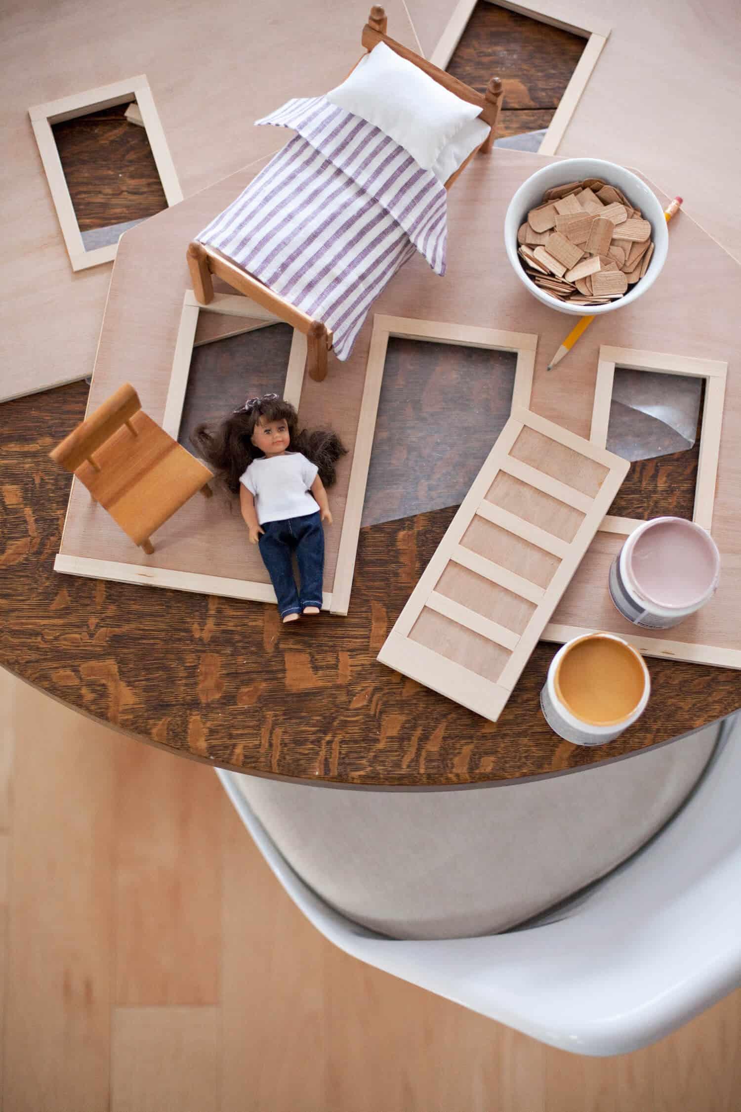 Make a Fold-Away Dollhouse