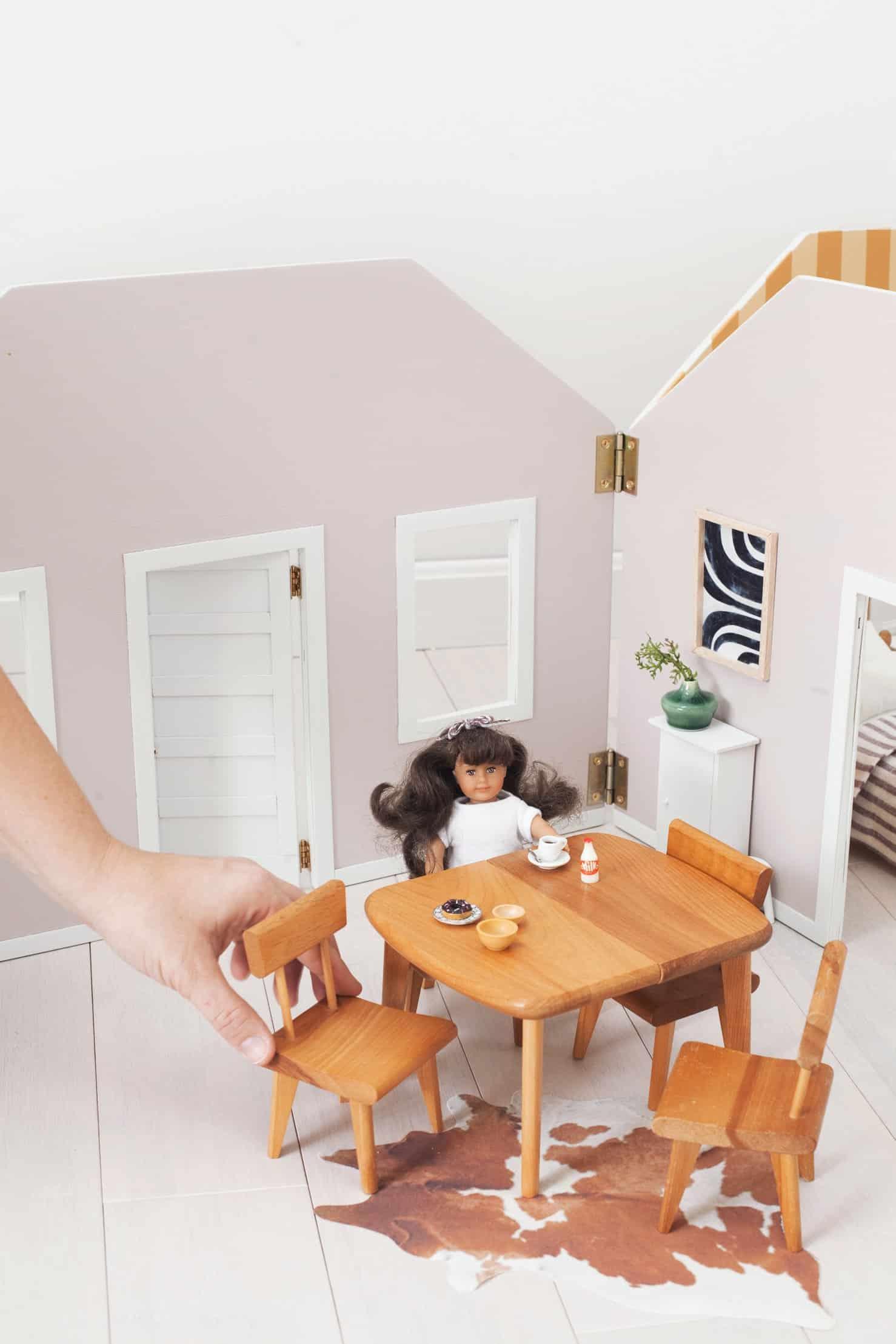 Mach ein faltbares Puppenhaus