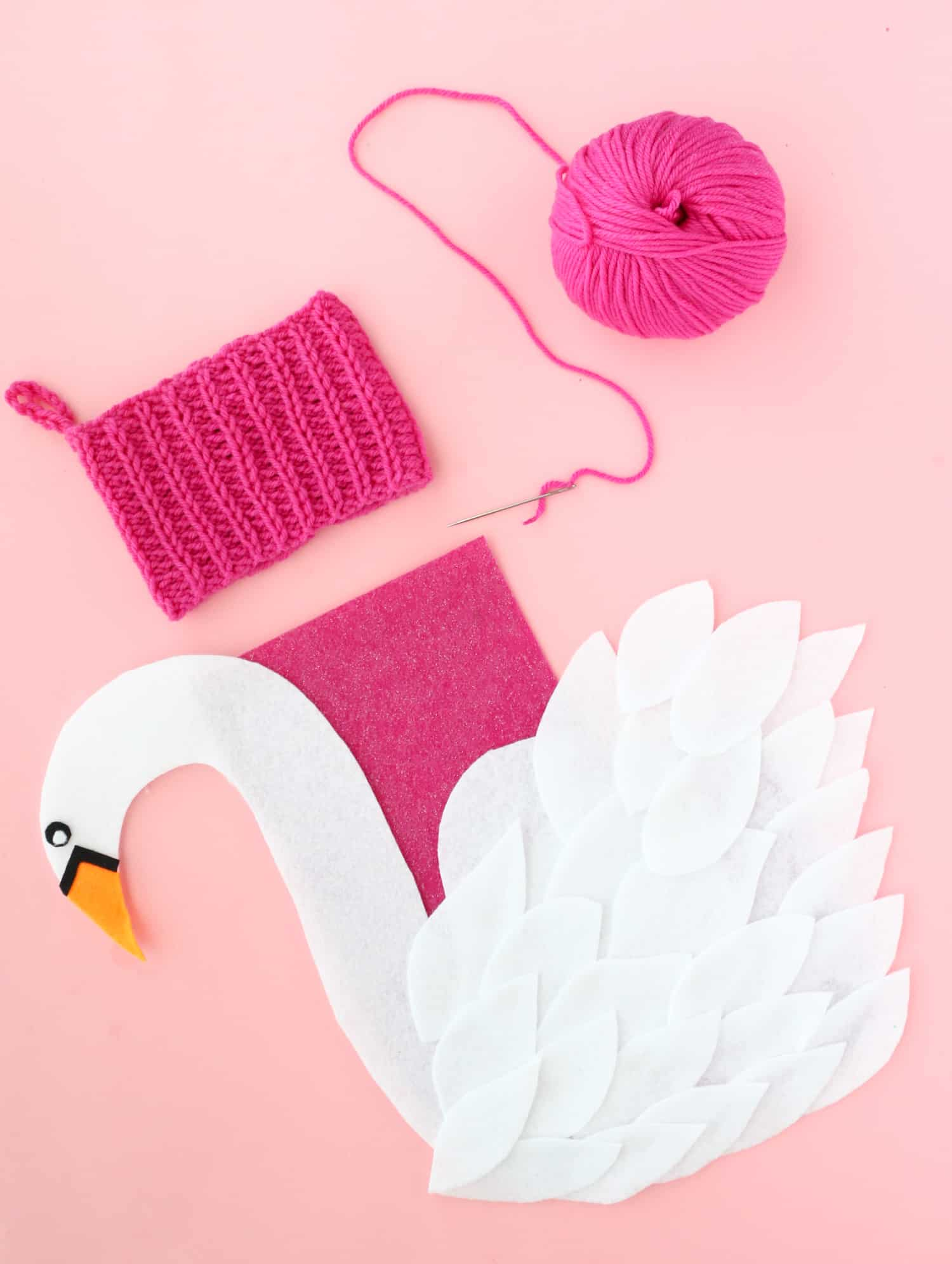 Make-your-own-Swan-Stocking