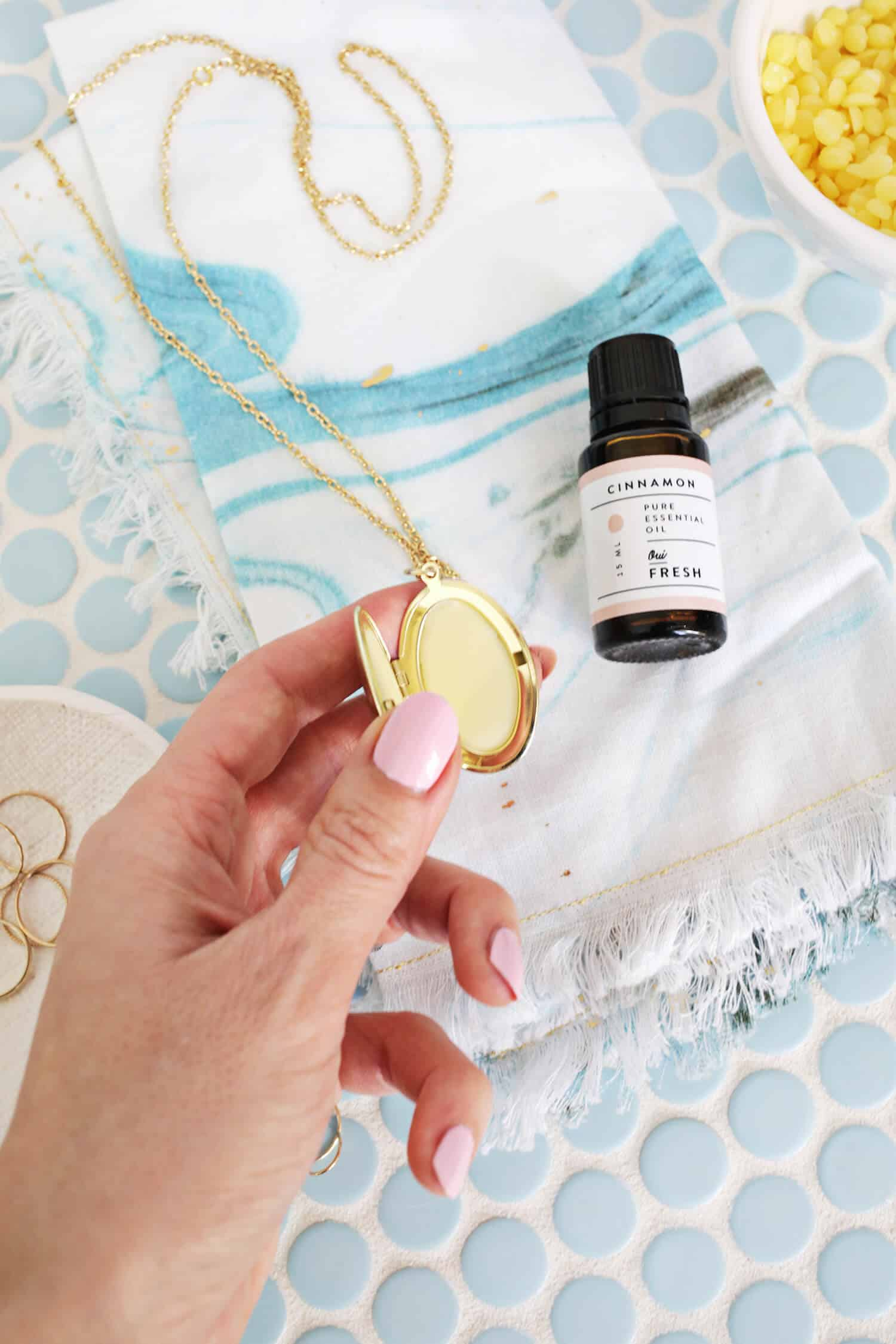 Lip Balm Locket DIY Only Need 3 Ingredients Click through for tutorial 1 2