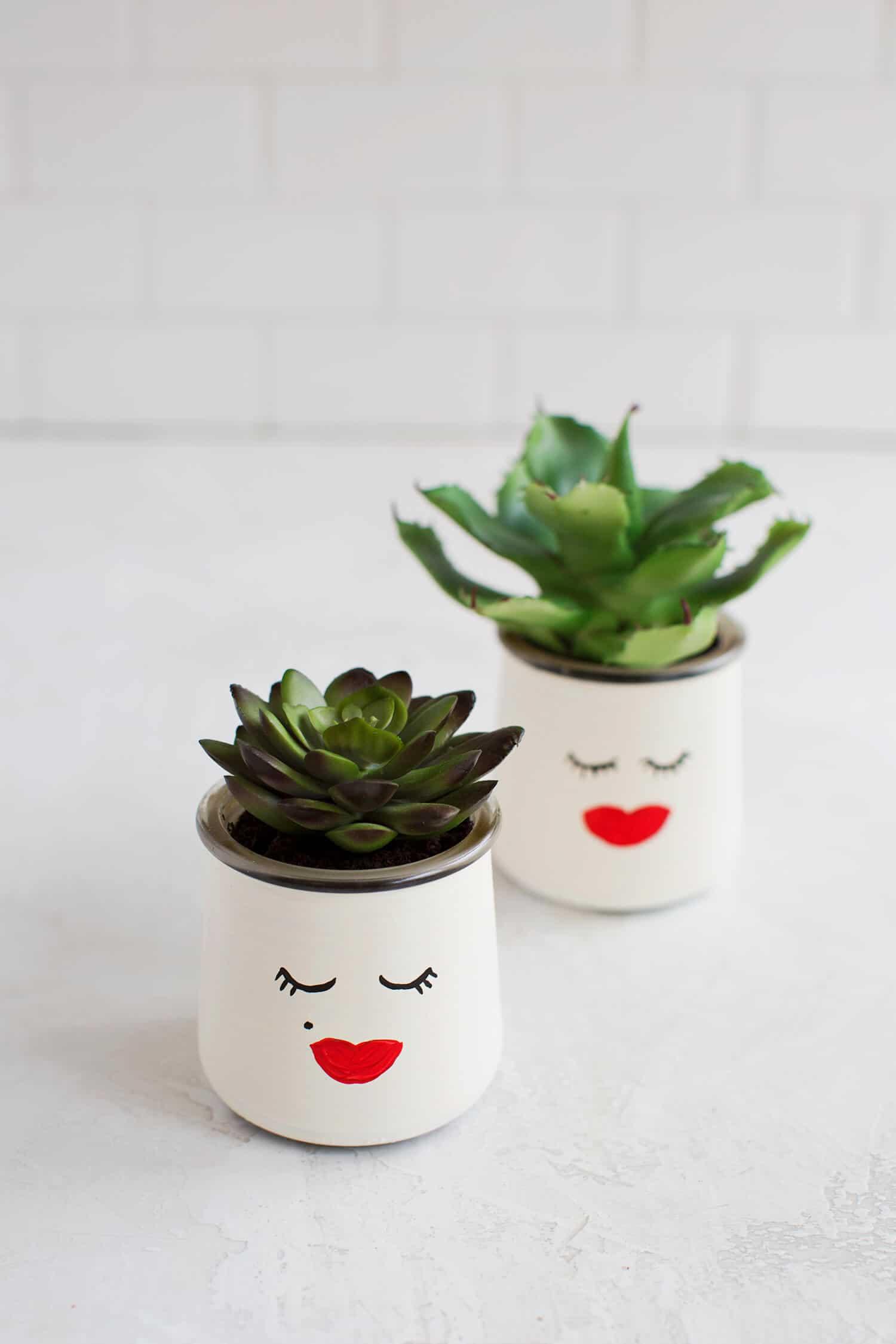 5 einfache DIY Glaspflanzgefäße