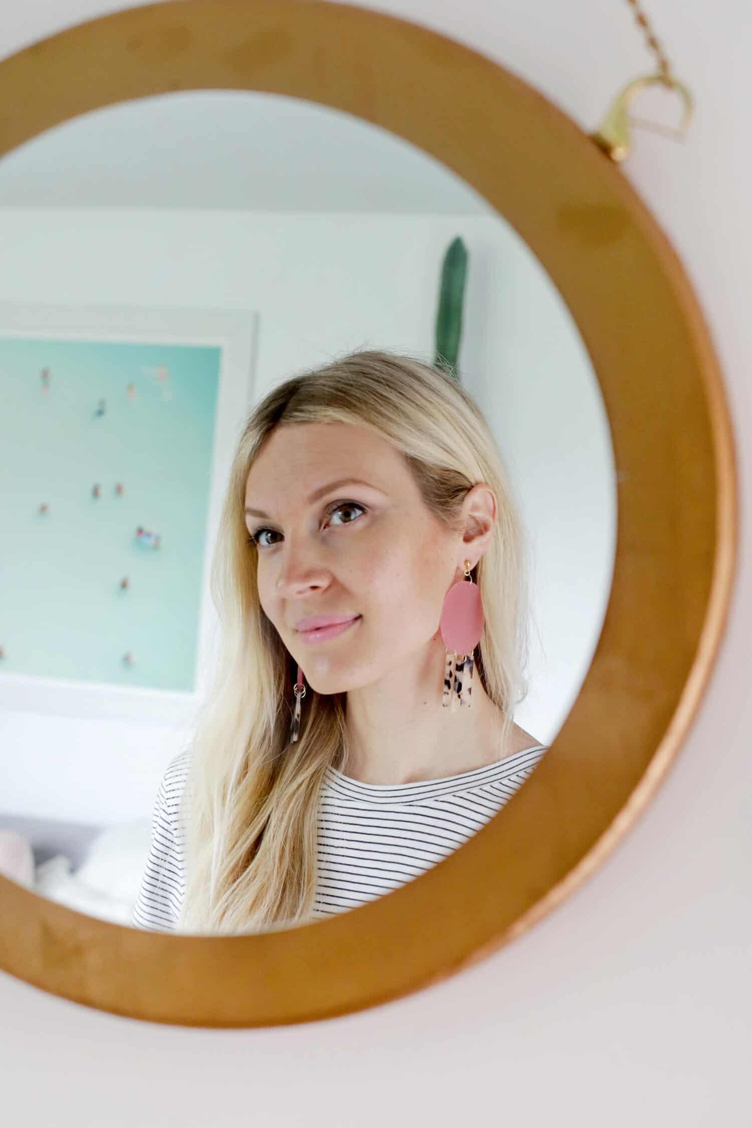 Geometric Acrylic Earring DIY click through for tutorial 1 1