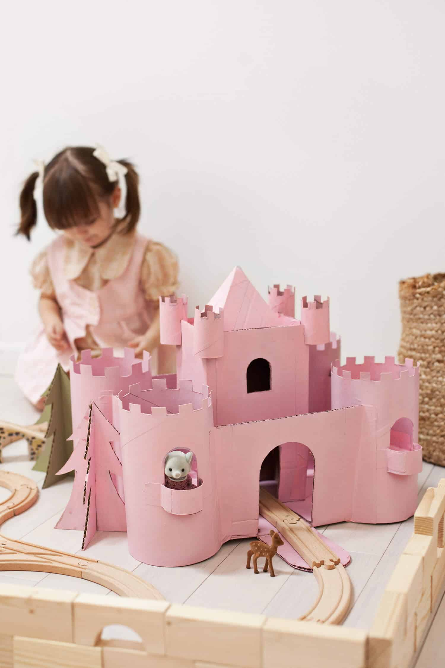 Best Castle Toys For Kids : Build a toy castle from upcycled cardboard beautiful mess