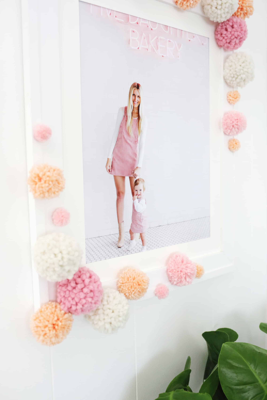 Pom-Pom-Bilderrahmen DIY