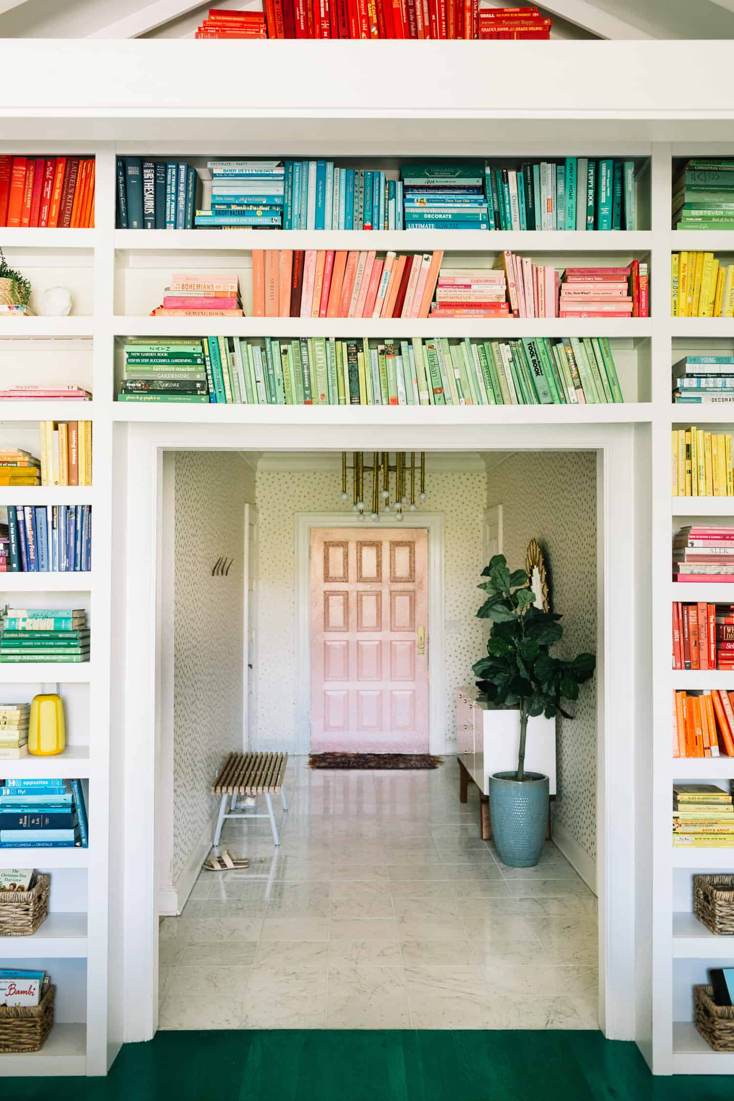 Elsies Regenbogen-Bücherregale