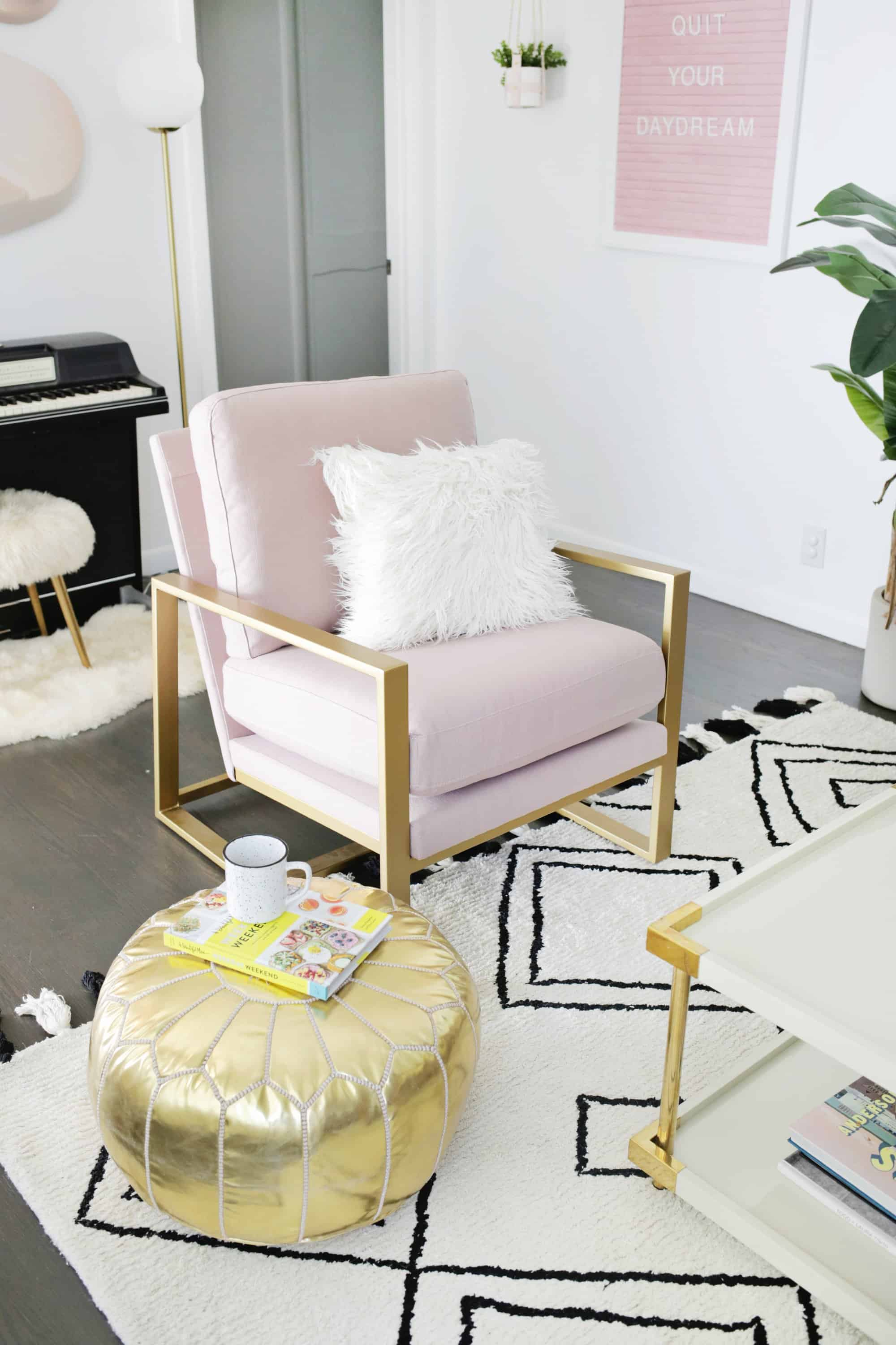 How To Choose The Perfect Accent Chair, Modern Living Room Accent Chairs