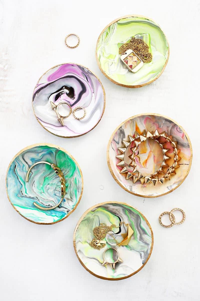 Marbled clay ring dish DIY