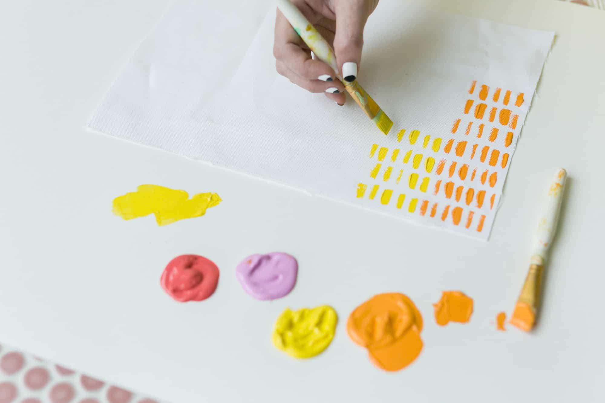 Machen Sie Ihren eigenen Stoff mit Martha Stewart Paint!
