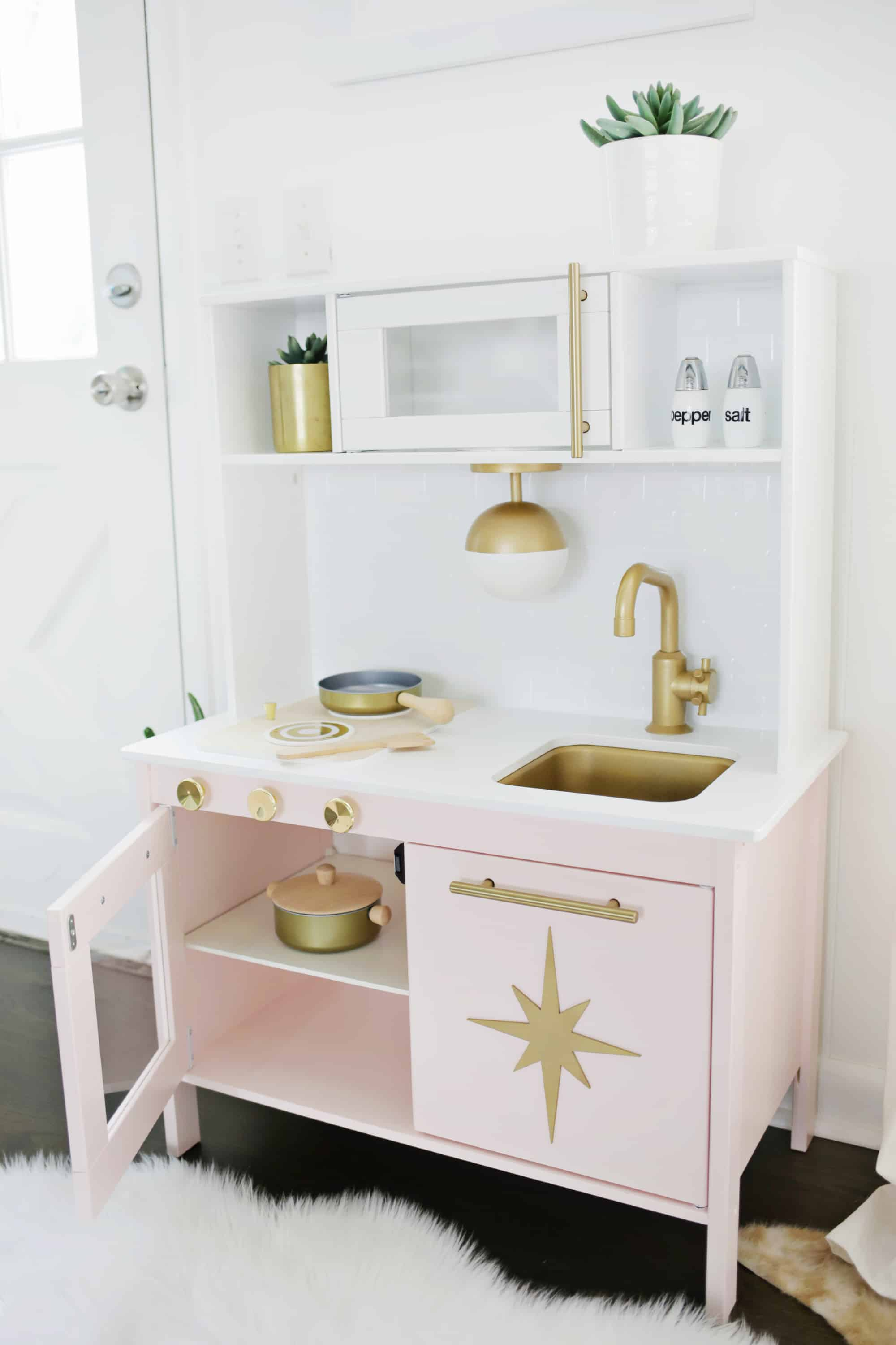 omg its juuuuust too much in the best possible way i love how it totally fits in with the rest of our decor and looks so luxe as well - Ikea Play Kitchen