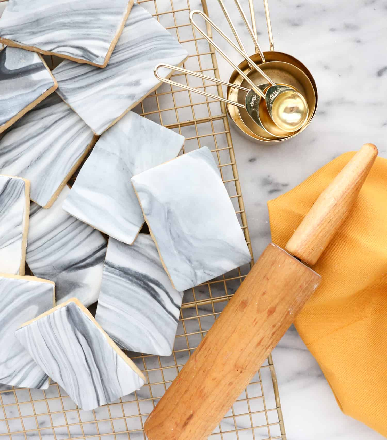 How To Marble Fondant A Beautiful Mess