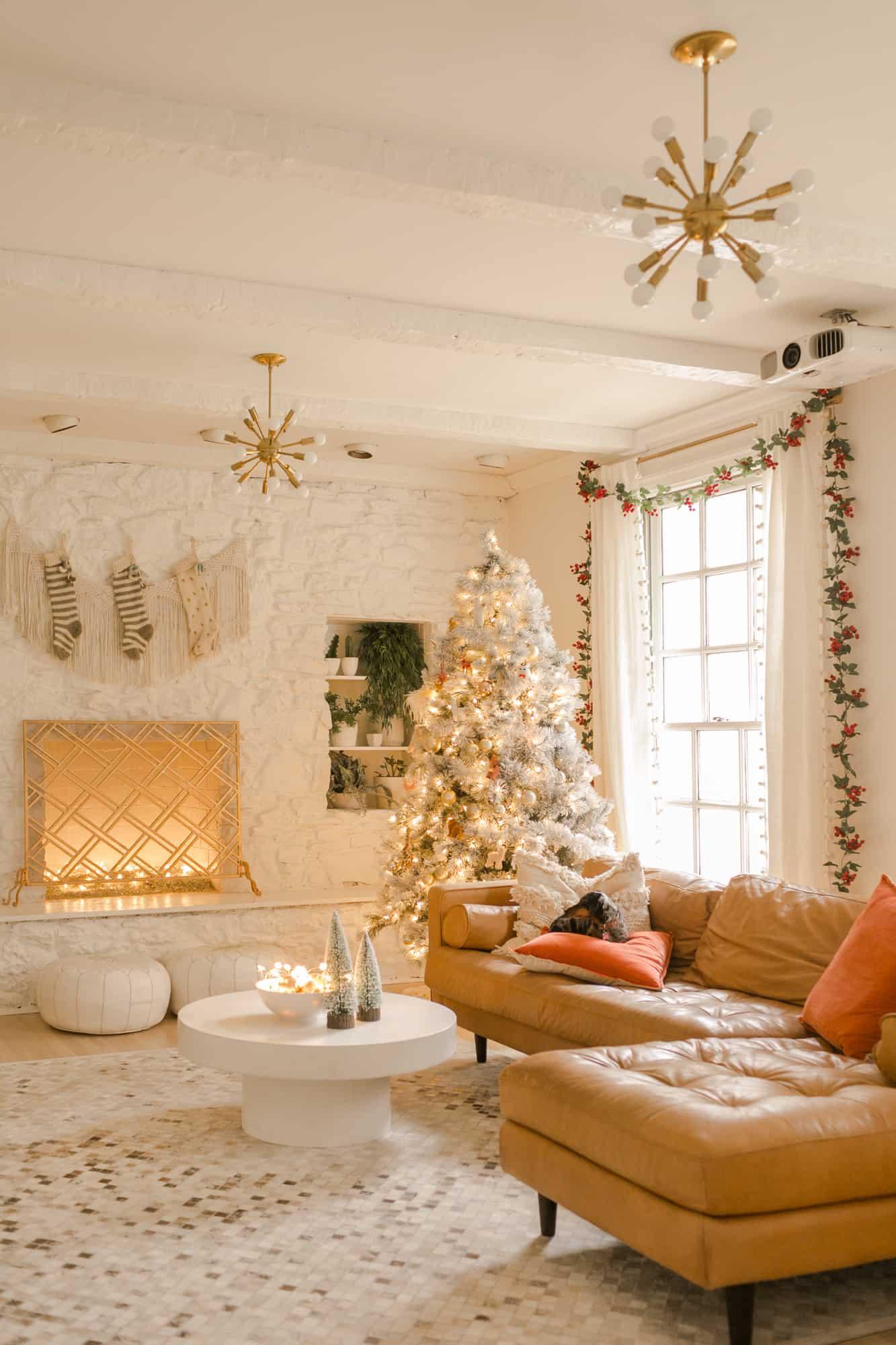 Elsie's Holiday Living Room Tour