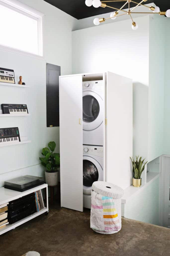 hidden washer and dryer cabinet a beautiful mess. Black Bedroom Furniture Sets. Home Design Ideas