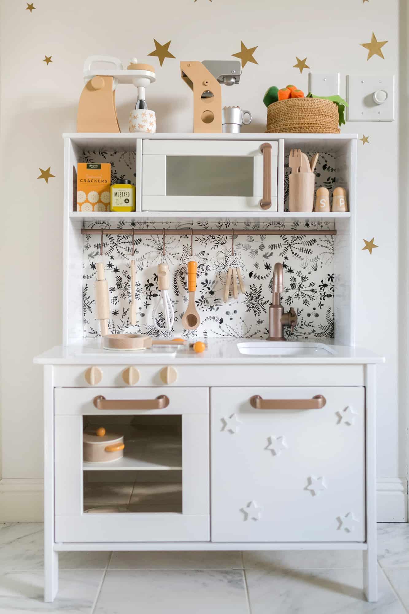 Nova's Play Kitchen (IKEA Hack)