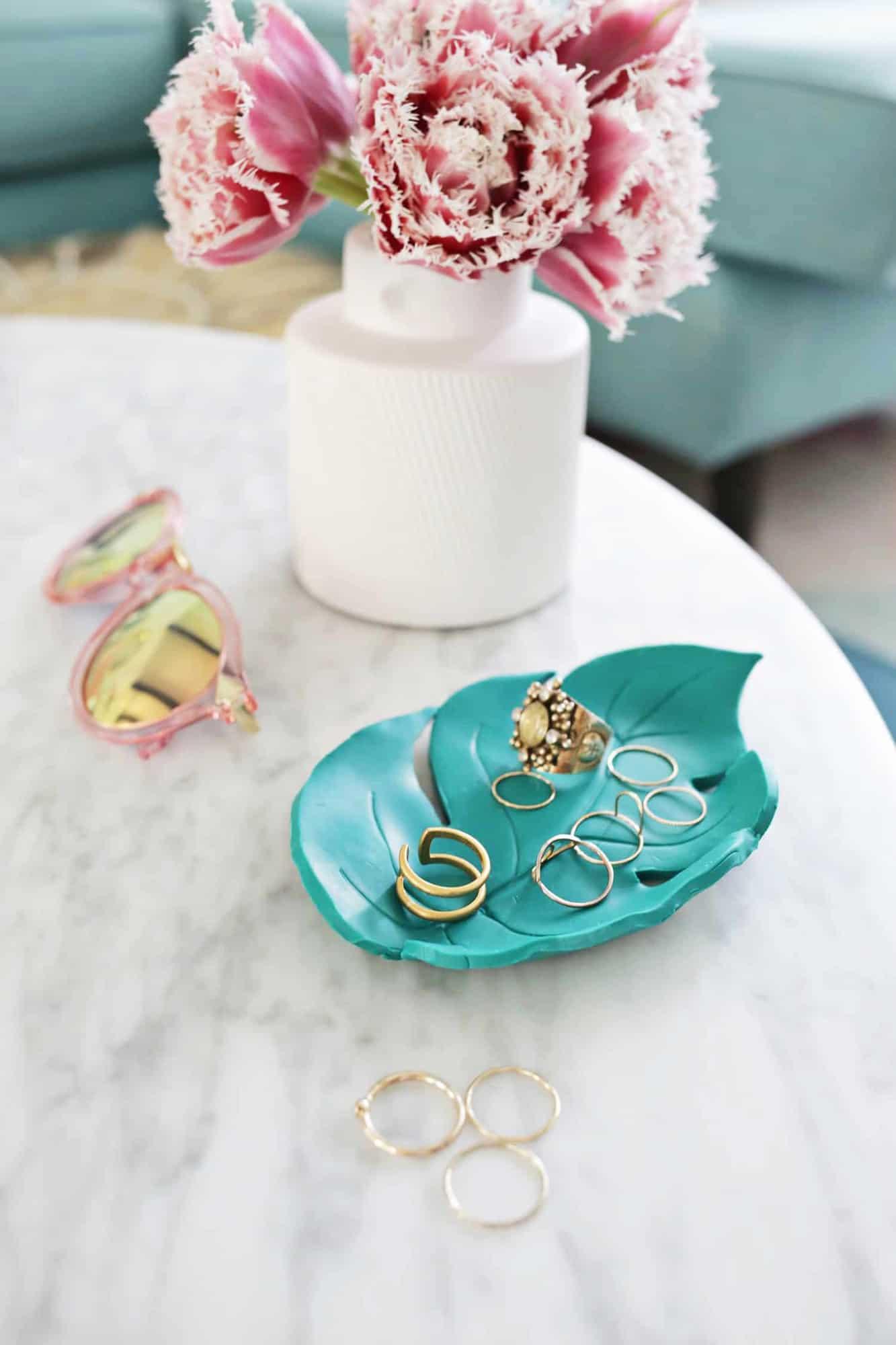 Palm leaf ring dish DIY