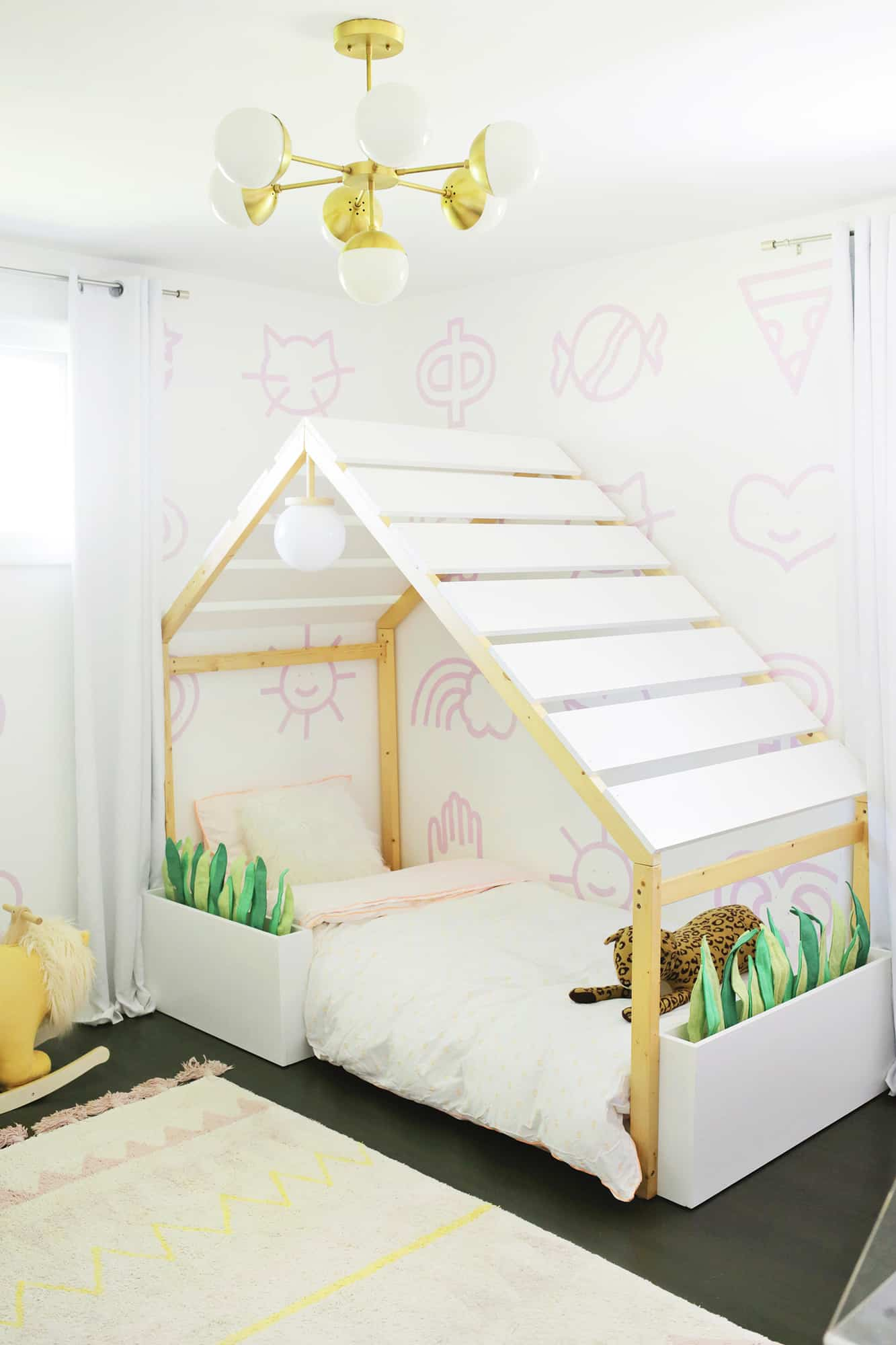 Palm Springs House Bed Makeover