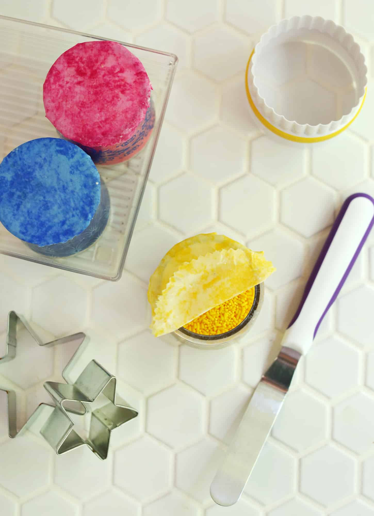 DIY Beeswax Wrap Toppers