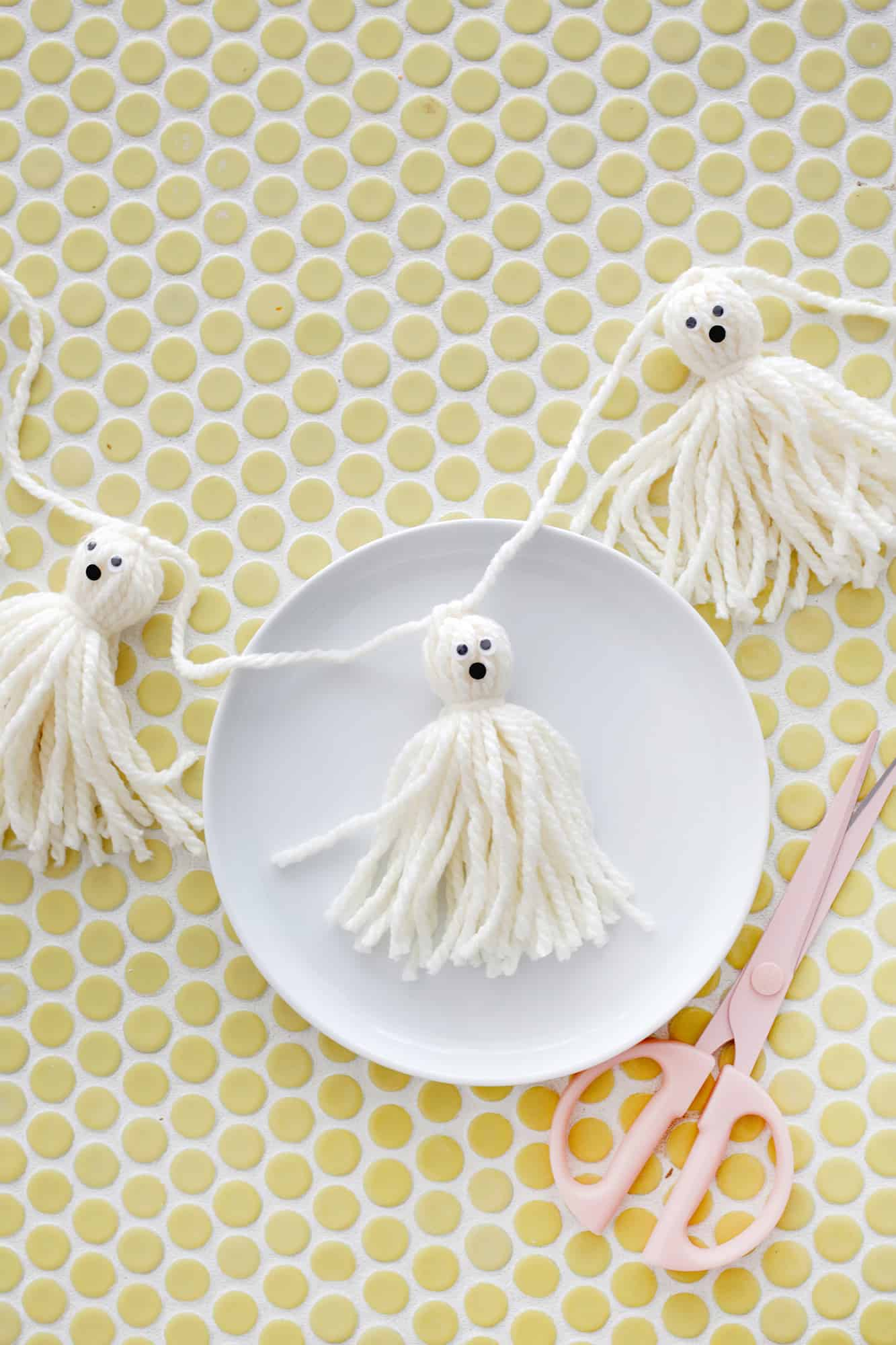 Easy Yarn Tassel Ghost Garland A Beautiful Mess