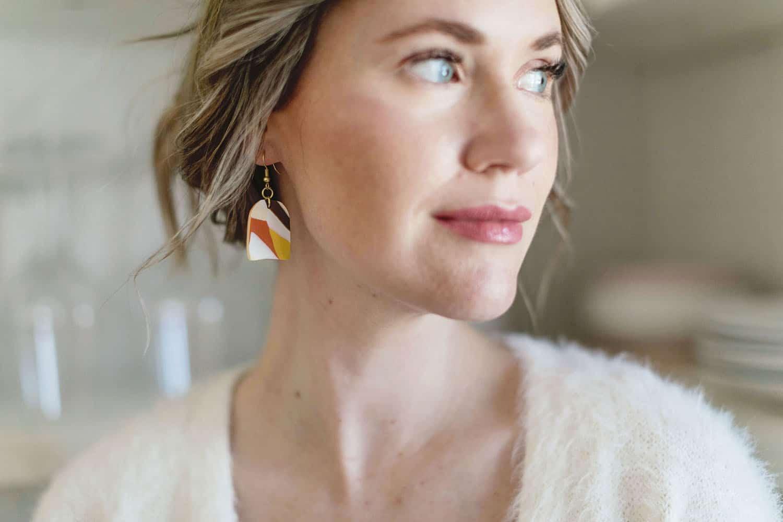 marbled clay earring DIY