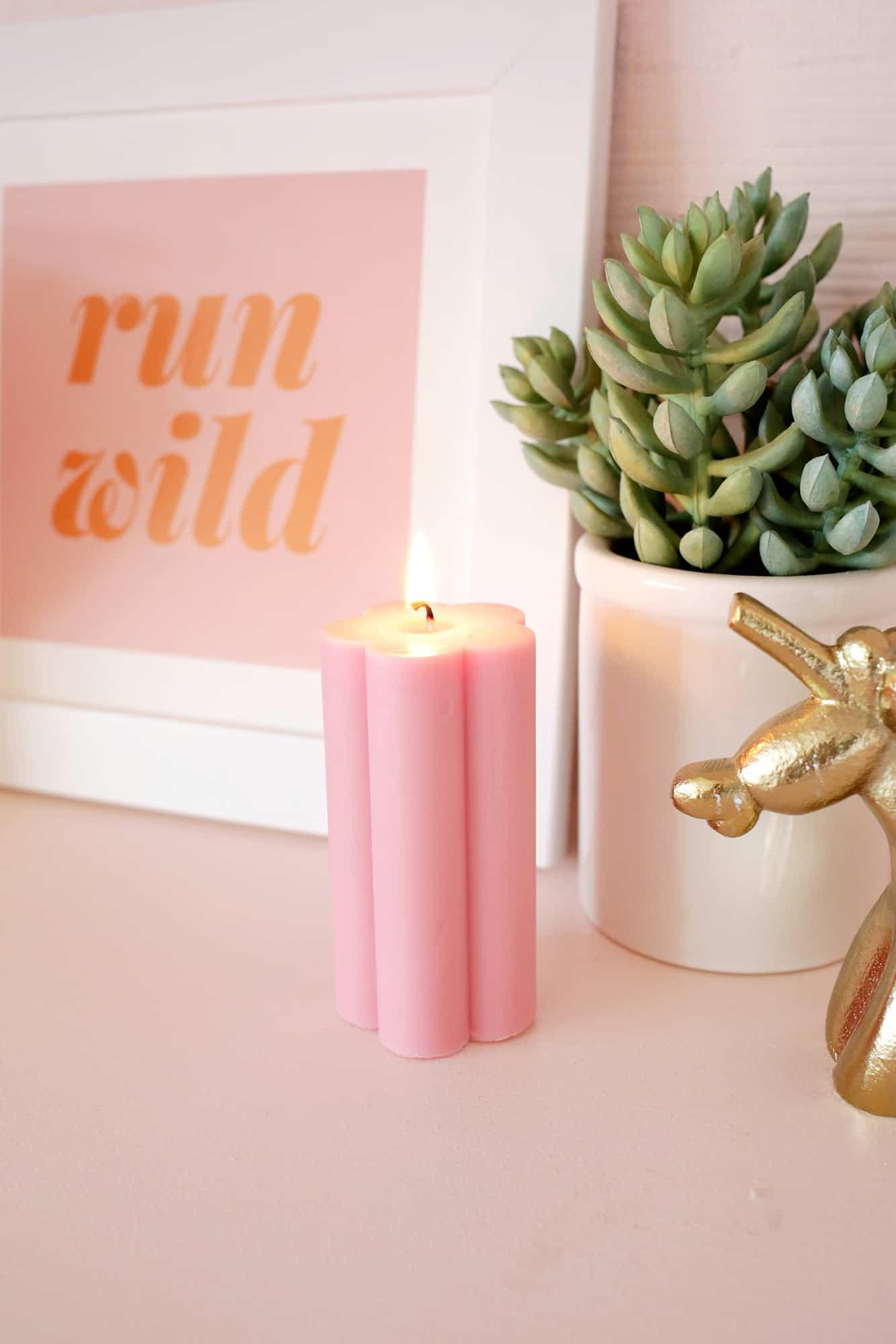 Flower Pillar Candle DIY click through for steps 1 5