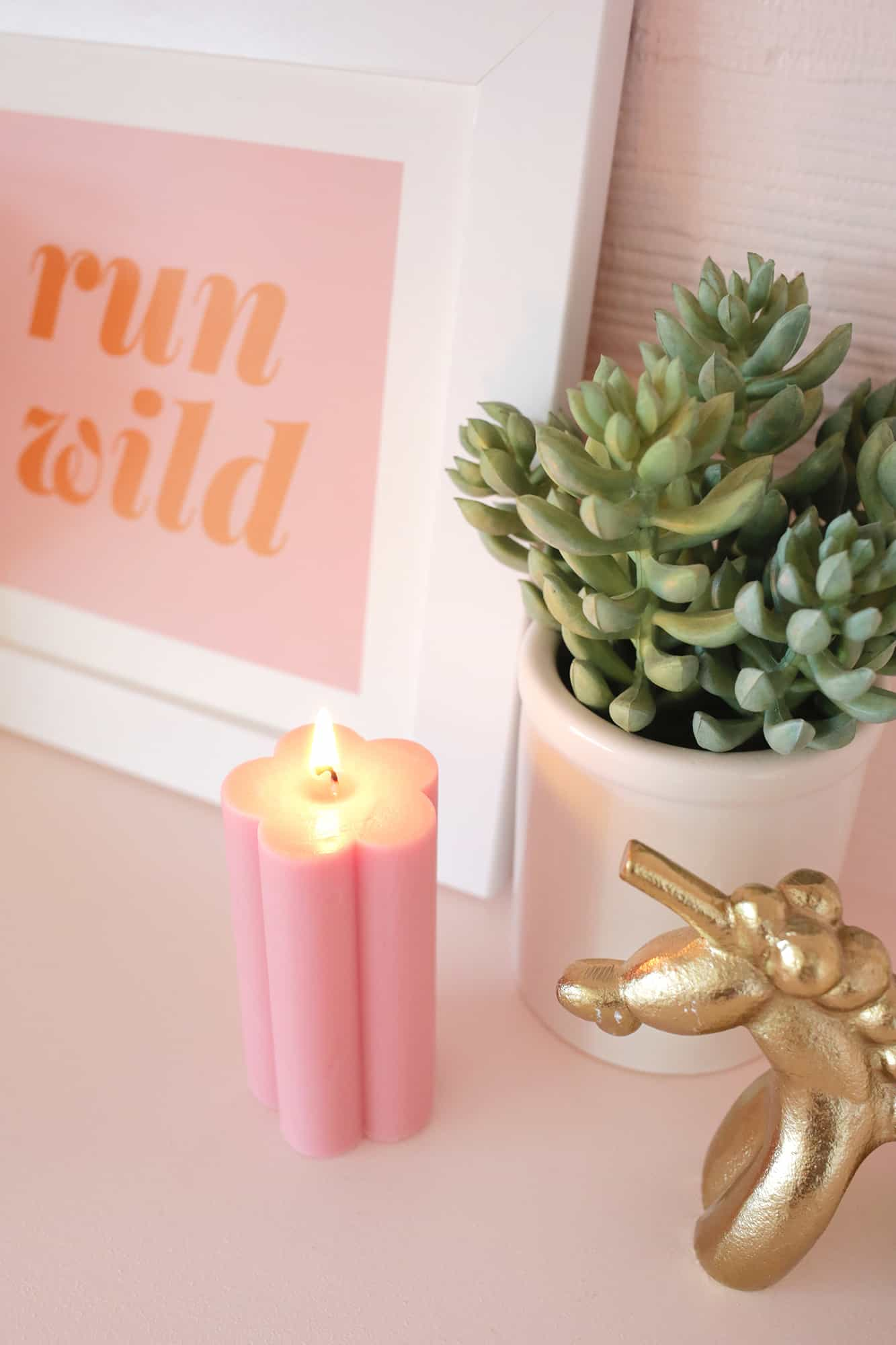 Flower Pillar Candle DIY click through for steps 1 7