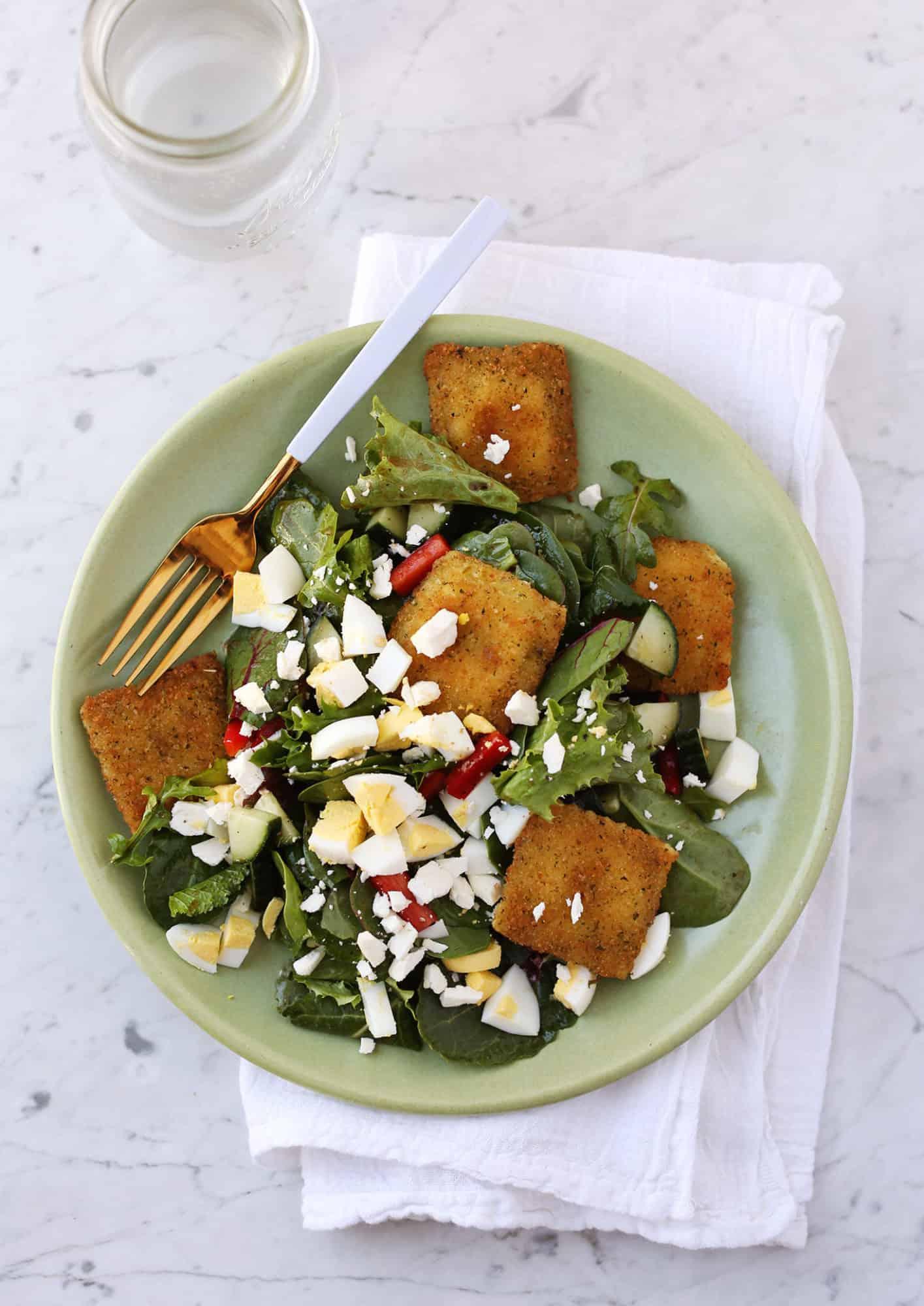 Toated ravioli salad