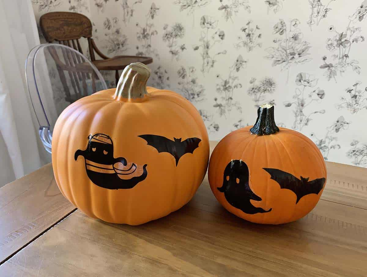 Real and faux pumpkins