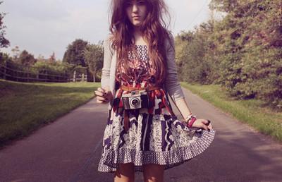 Vintage_camera_girl
