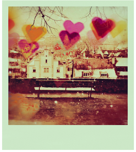 Polaroid-love-hearts