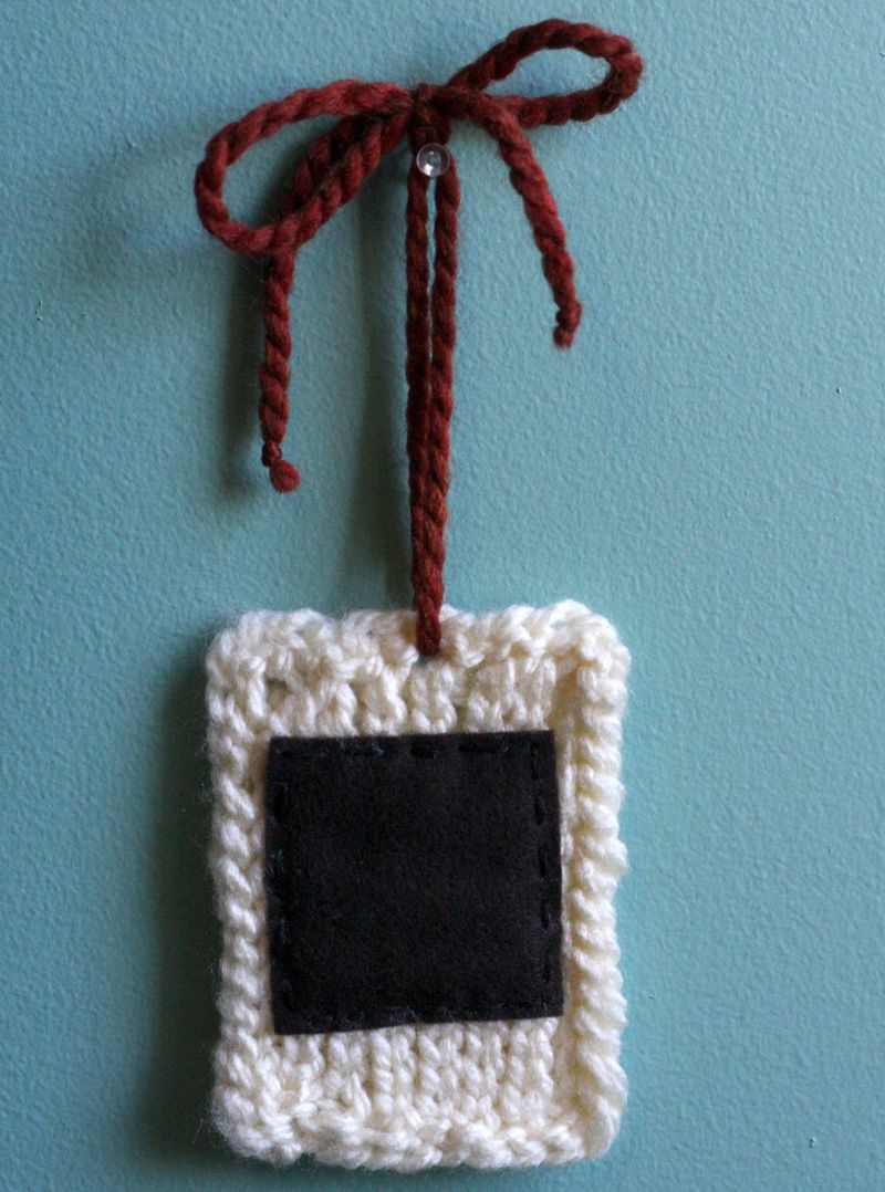 Crocheted-instant-photo