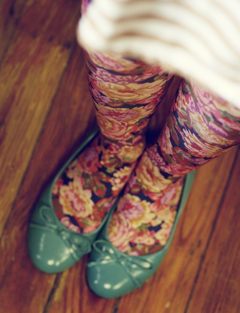 Floral-tights