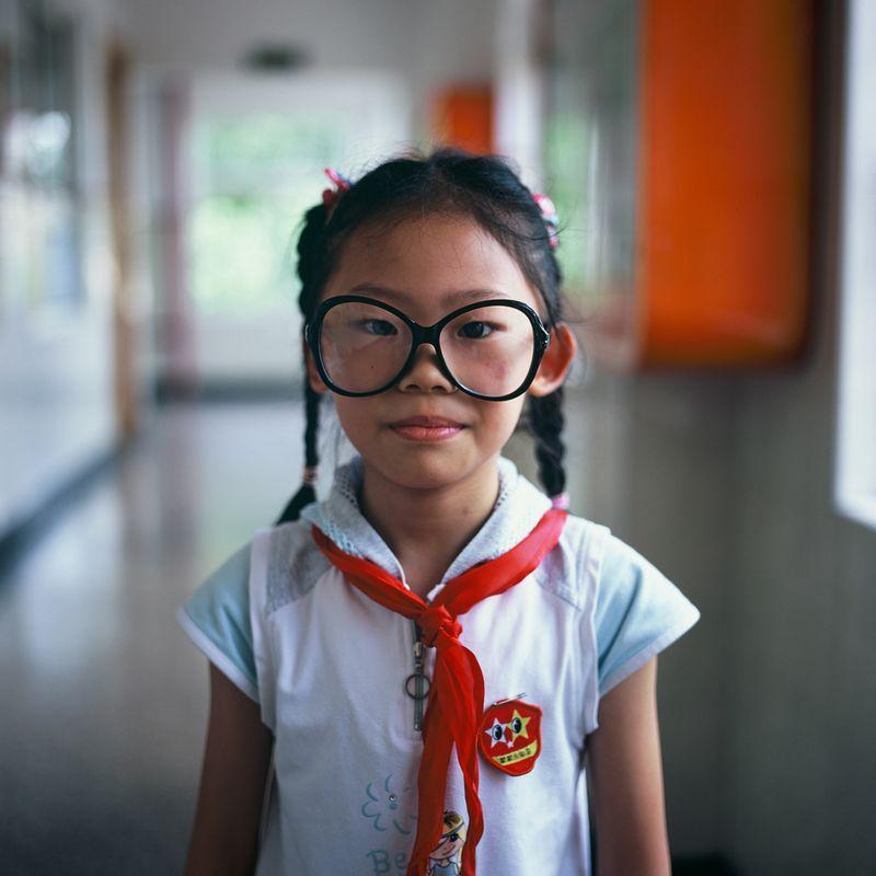 Cute-girl-glasses