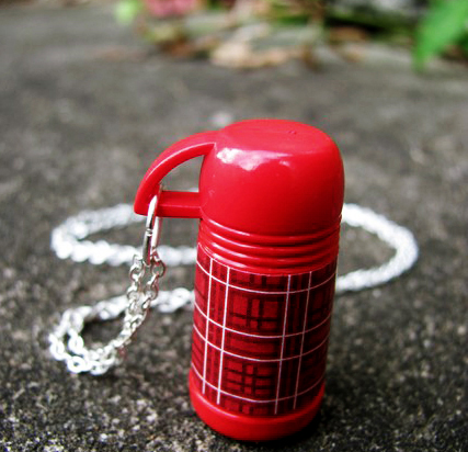 Thermos_necklace