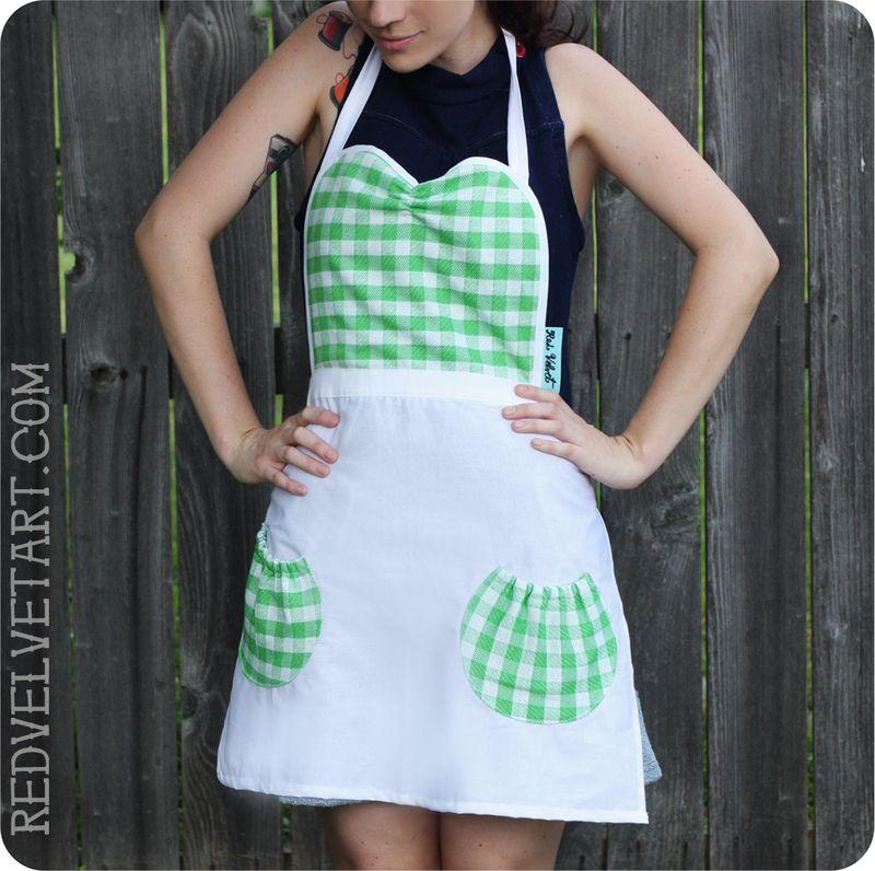 Mint picnic apron