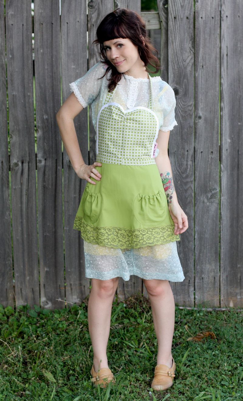 New Aprons An Adorable Dress D I Y A Beautiful Mess