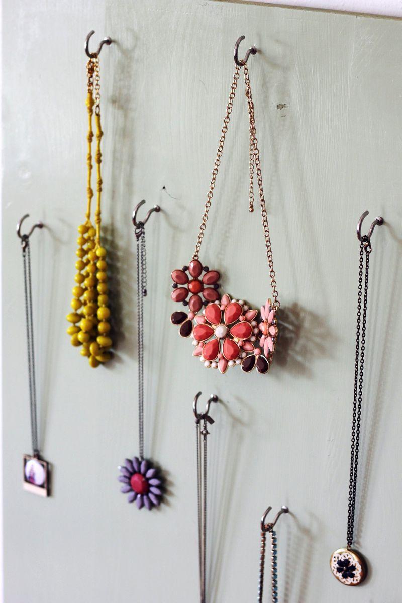 Jewelry display 3