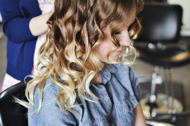 How to style flat iron curls 2