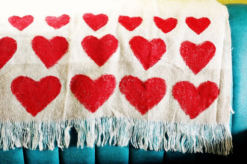 Heart blanket DIY 3