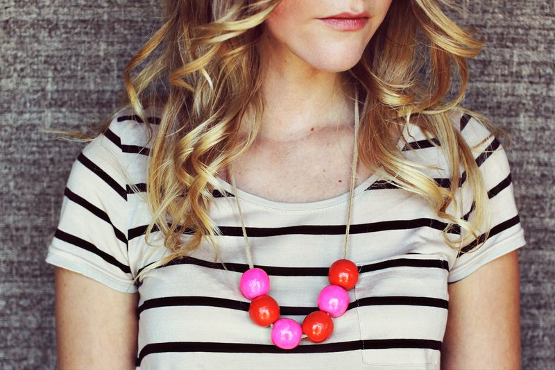 Bauble necklace DIY