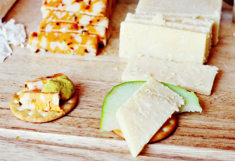 Cheese plate pair
