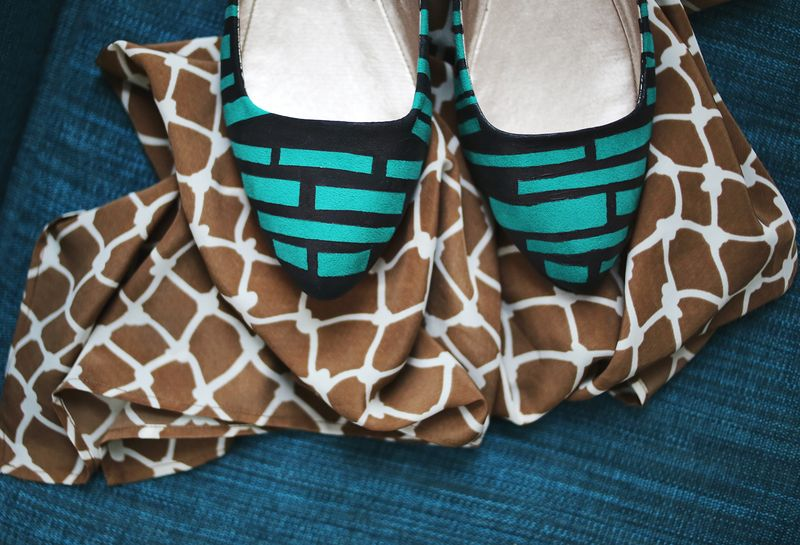 DIY Stripe Shoe